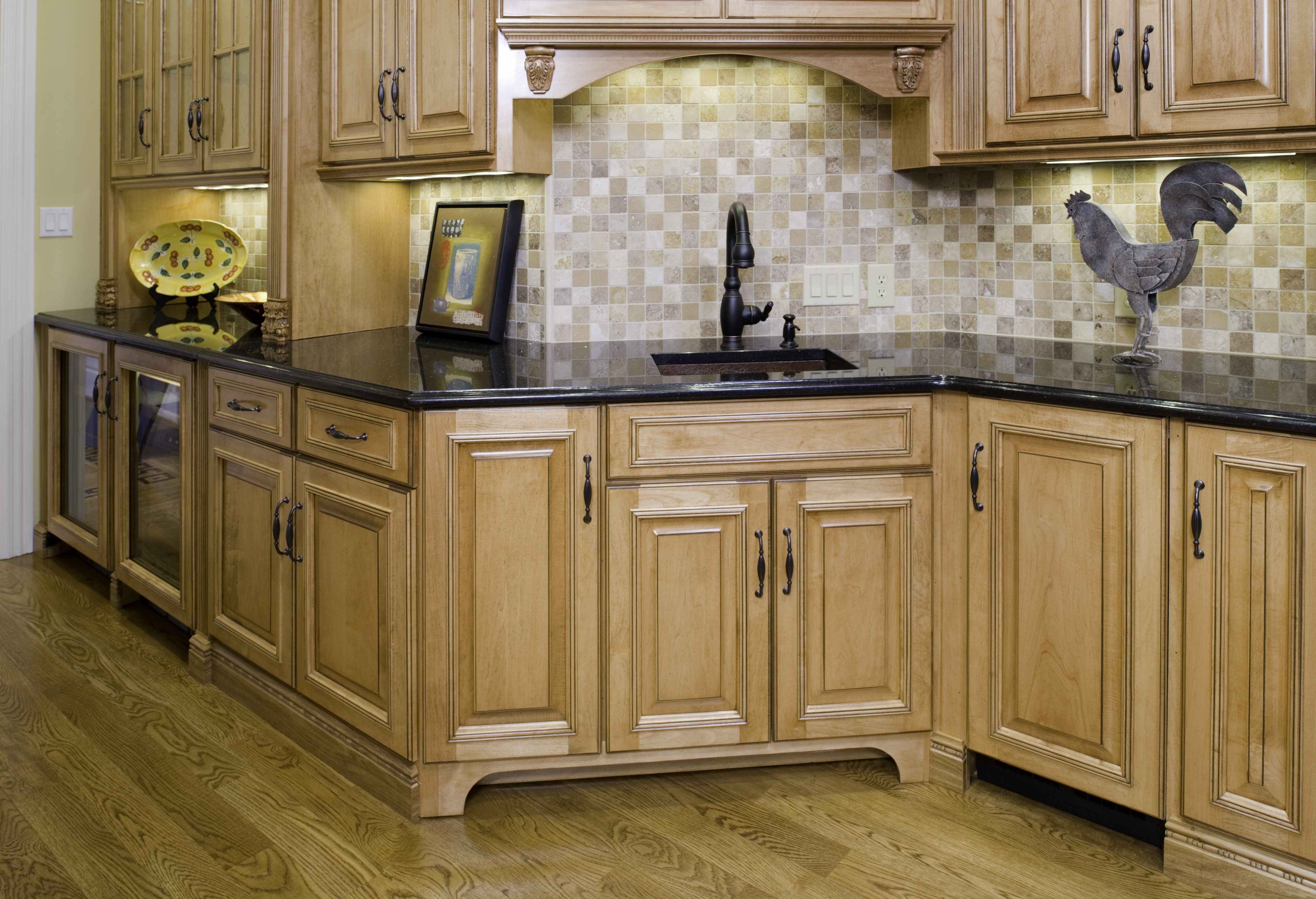 Gallery kitchen cabinetry classic kitchens of for Custom cabinets