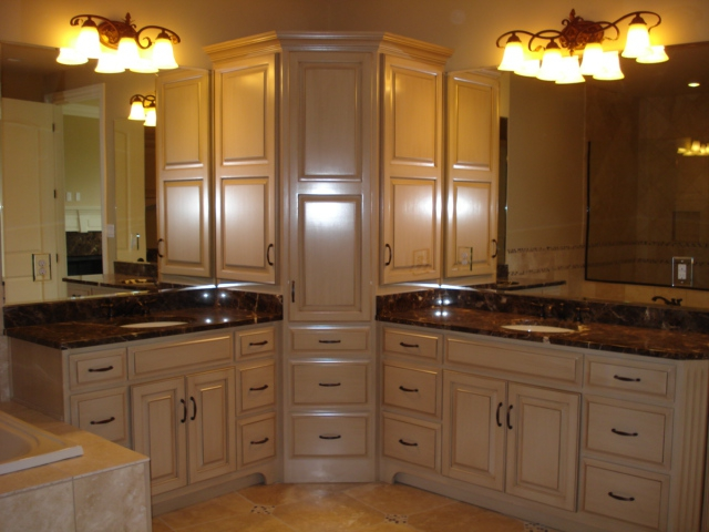 Custom bathroom cabinets vanities gallery classic for Kitchen cabinets louisville ky