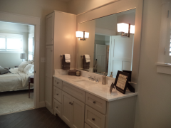custom-cabinets_bath-room-0015