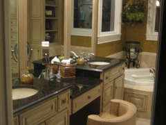 custom-cabinets_bath-room-0020