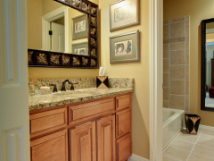 custom-cabinets_bath-room-0025